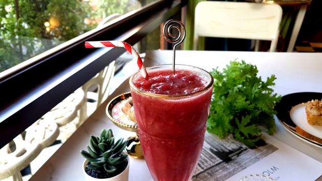 果汁/冰沙/奶昔Juices/Smoothie 1